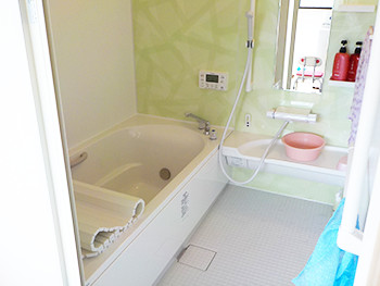 念願の脱衣所と、気持ちがいいお風呂にとても満足です。
