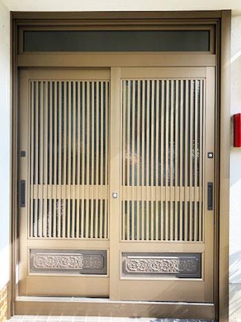 door_a.jpg